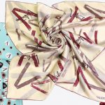 Изысканный шелковый платок от Valentino и Kenzo
