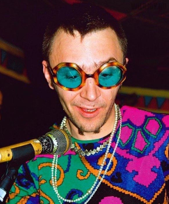 Ностальгия по молодости: фото Сергея Шнурова 19-летней давности