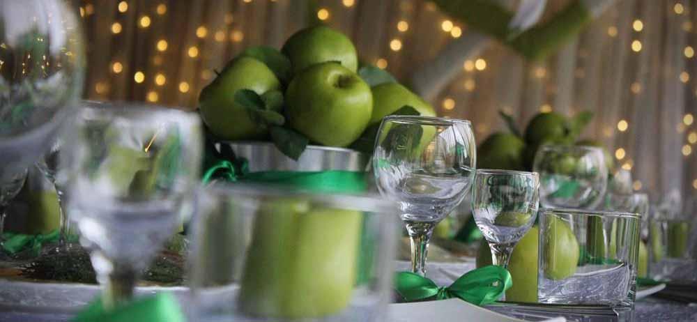 Поздравление на свадьбу в яблочном стиле