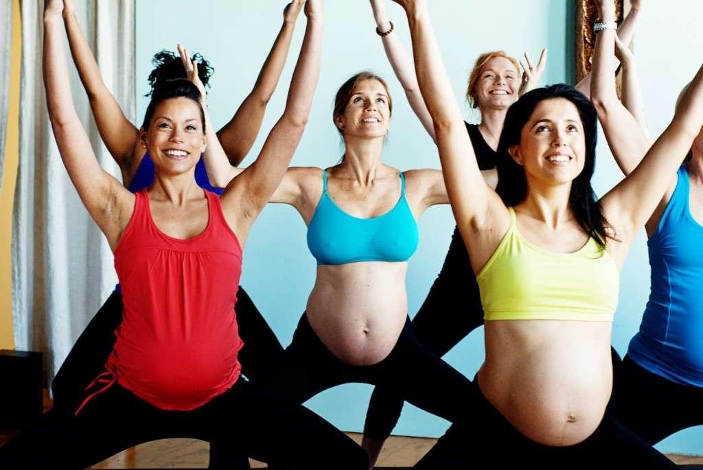 Почему беременным нельзя поднимать руки вверх