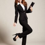 Строгий женский костюм, как залог успеха