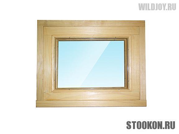 Глухое деревянное окно