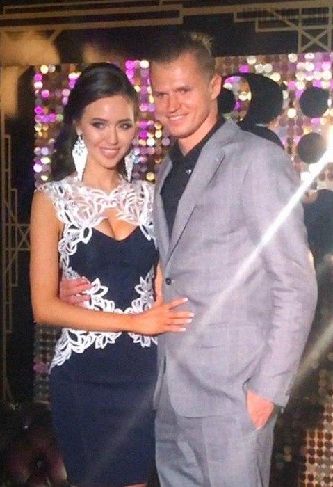 Первое фото Дмитрия Тарасова с его новой девушкой Анастасией Костенко