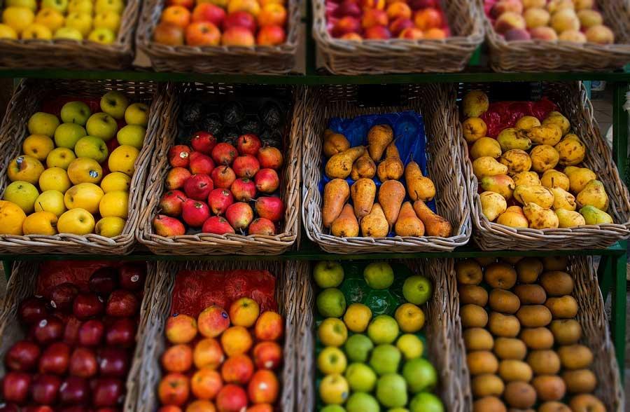 Купить фрукты в Окей. Ягоды и экзотические фрукты